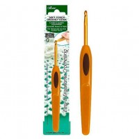 1004 - Крючок - Soft Touch Crochet Hook - 3,25 мм - 13,5 см - Clover